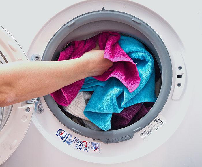 Насколько заполнять барабан стиральной машины