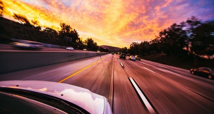 Как водить авто и не транжирить топливо