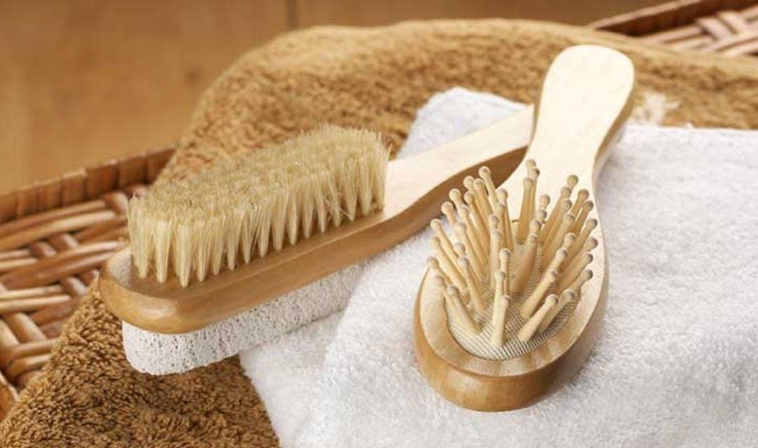 Чем расчёсывать волосы, чтобы было экологично и безопасно